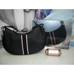 212 sexy di Carolina Herrera New York Eau de Parfum 60ml EDP + Hand Bag (borsa donna) - Confezione Regalo