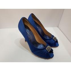 Decoltè spuntato per donna kayla shoe blu elettrico , in raso con suola antiscivolo