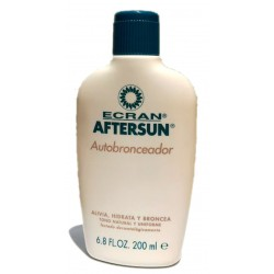 Ecran After Sun Autobronceador 200ml Unisex with extracts of nutshells and active ingredients. Smooth skin