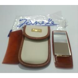 Janeke 1830 astuccio pettine e specchio da borsa colore beige chiaro