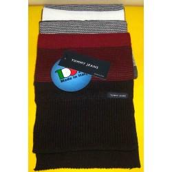 Sciarpa Tommy Jeans colore rosso scuro/bianco/nero a righe - Made in Italy