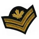 Decorazioni e distintivi militari