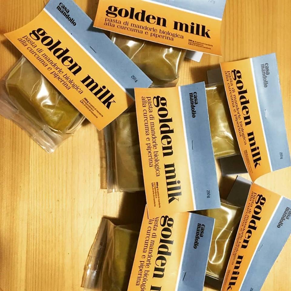 Il mattino ha l'oro in bocca: Golden Milk... le fresche bevande con latte di mandorla